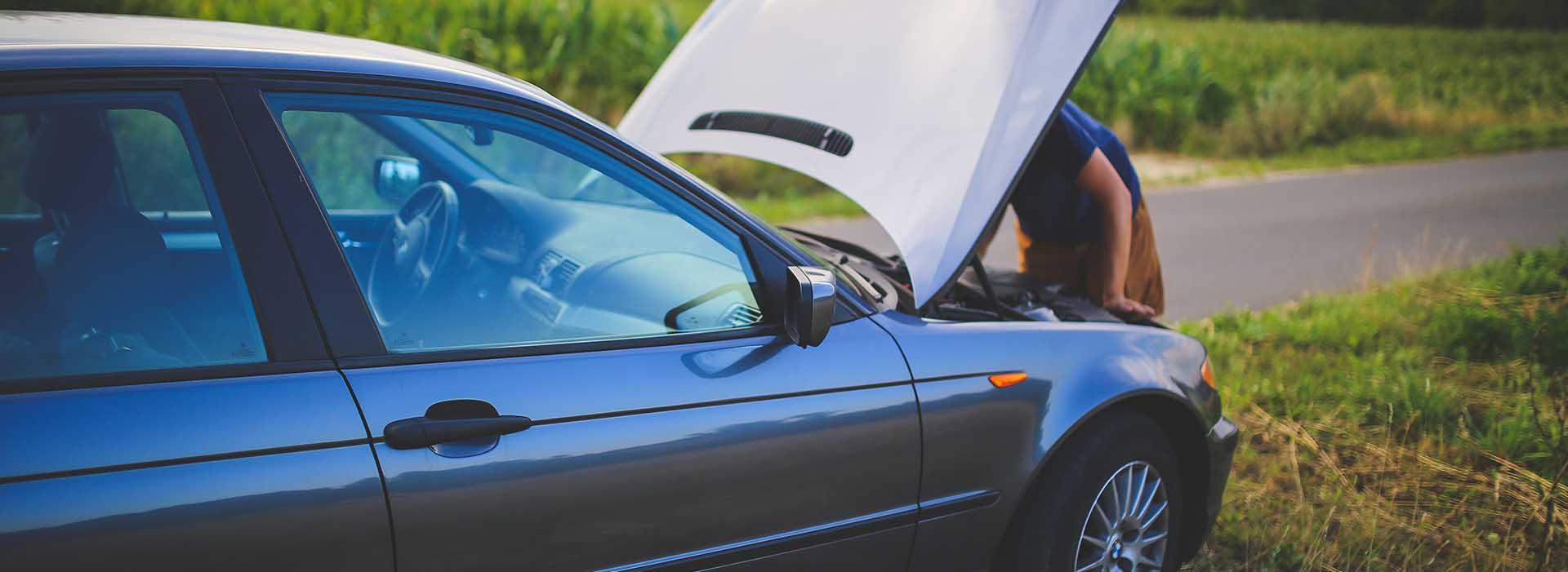 Se vai viajar no período de férias dedique algum tempo para verificar a sua apólice de seguro automóvel.